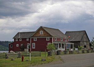 Casas de madeira: vantagens e desvantagens