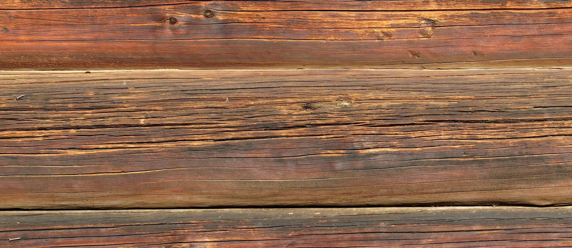 Como remover manchas de caneta da madeira