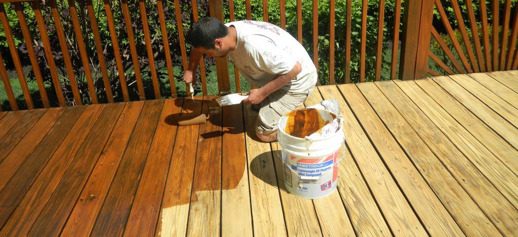 aplicacao deck jardim:Deck de madeira: sofisticação para áreas externas e internas