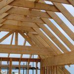 Qual a melhor madeira usar no telhado?